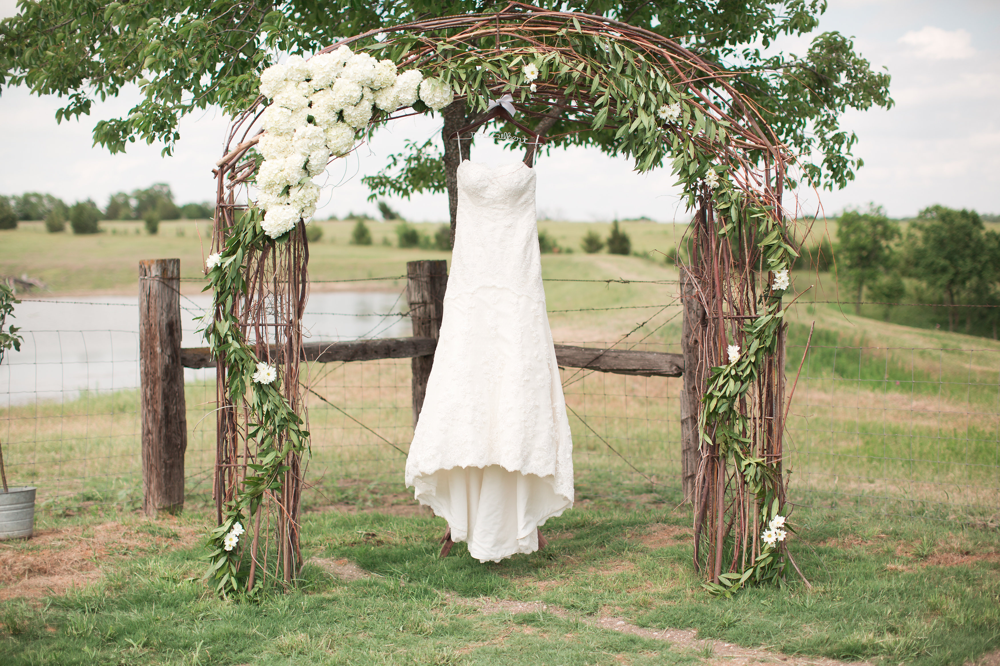 Pics Photos Rustic Outdoor Wedding Arches