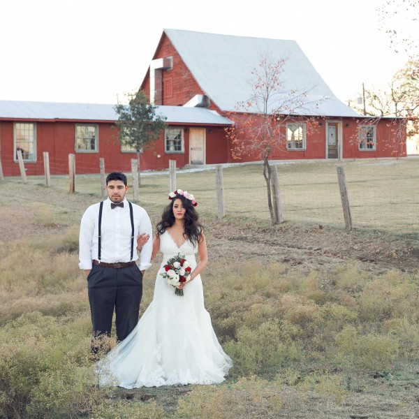 Rustic Grace Estate Barn Wedding Venue Styled Shoot