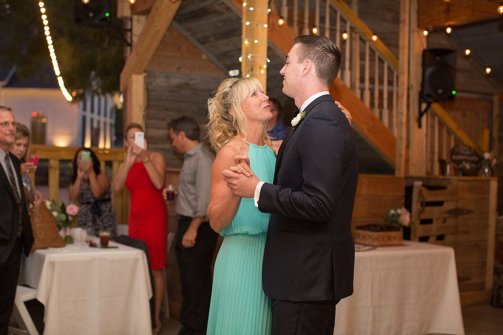 Wedding Photographer oak point texas